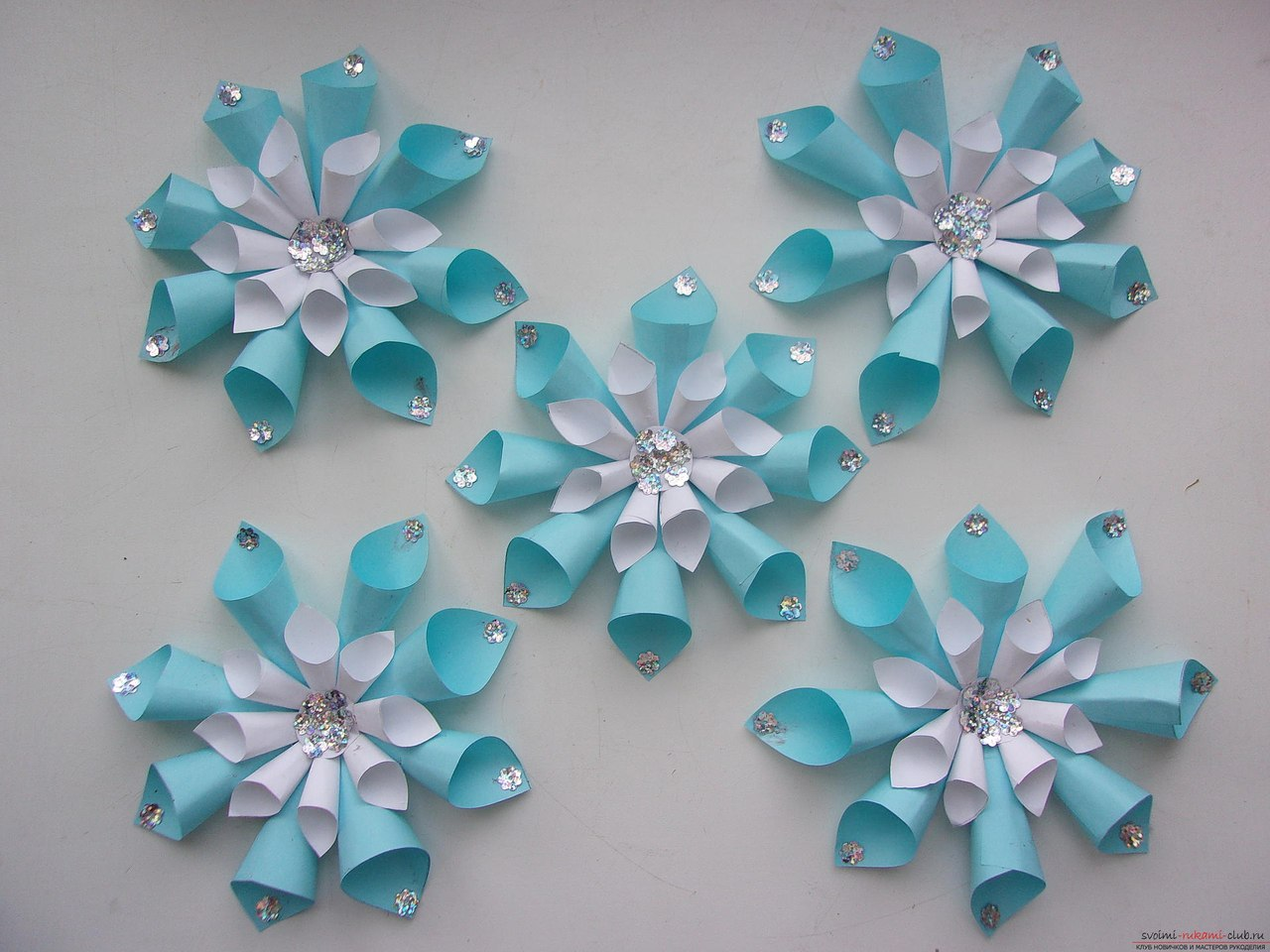 Поделки из бумаги снежинки своими руками оригинальные