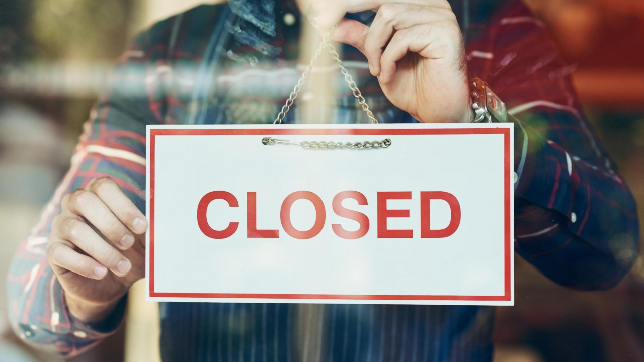 Курские власти разрешили барам и ресторанам работать ночью, но не всем