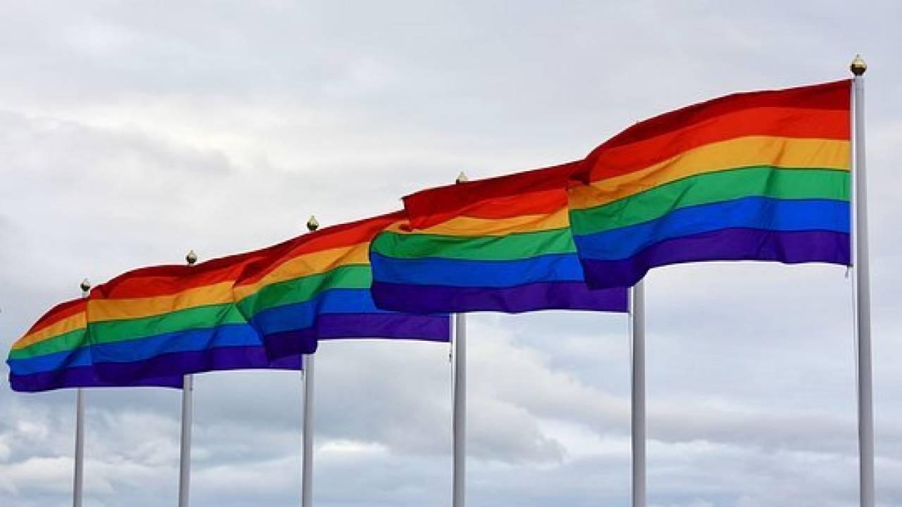 русских геев трахают онлайн