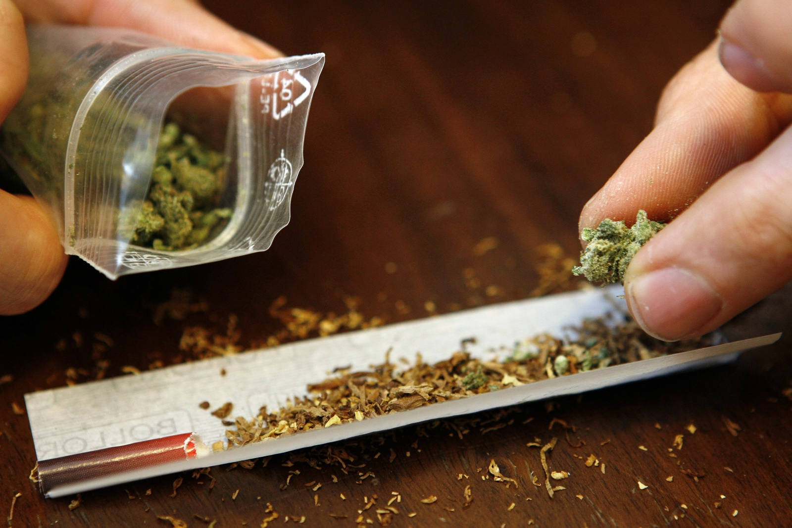 Как заправить марихуану что приводит курение конопли